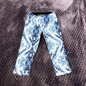Victoria's Secret Pants - Victoria's Secret Knockout Crop Pants Blue Tie Dye